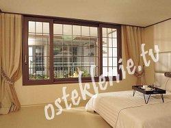 Планировка кухни в частном доме с окном